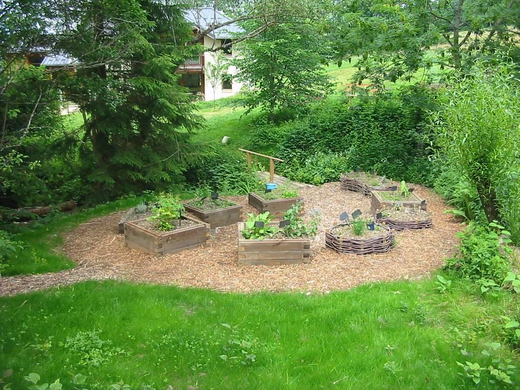 Jardin de plantes aromatiques et médicinales en Savoie